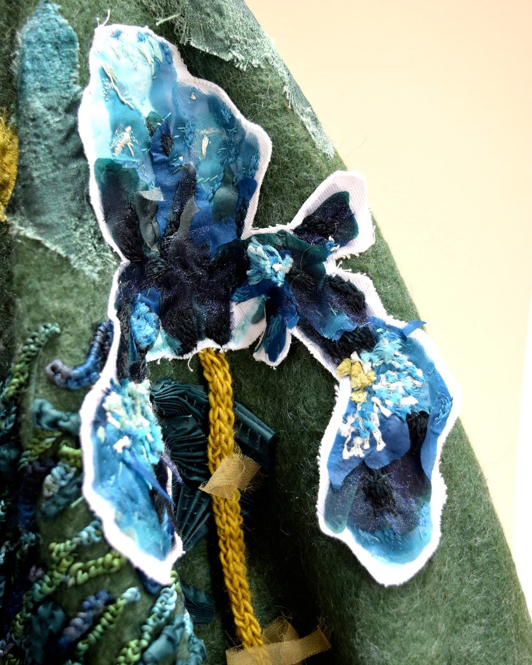 Into The Graden Formal Garden Blanket Embroidery 05